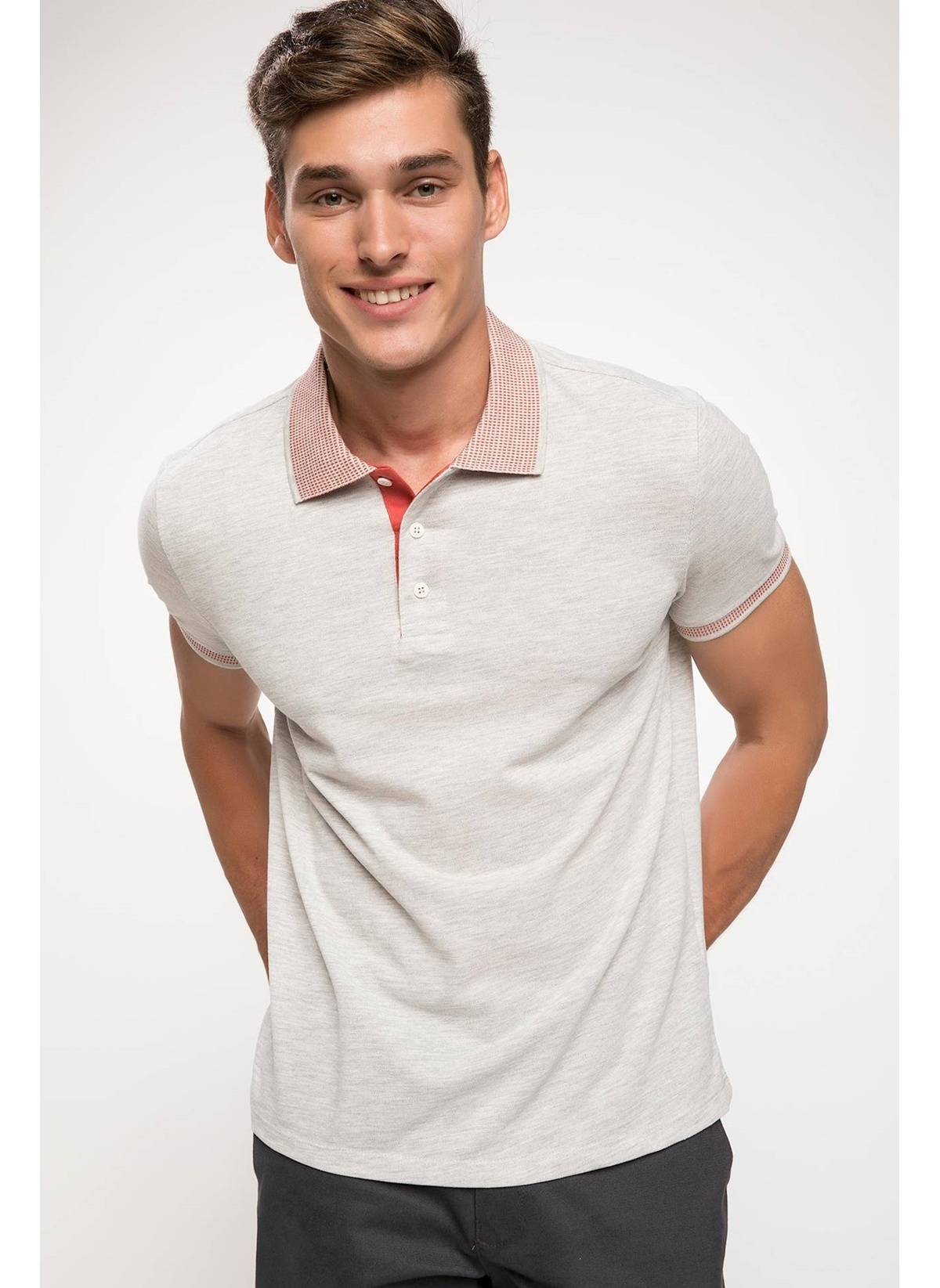 Defacto Trend Slim Fit Polo T-shirt J9403az18hsgr333t-shirt – 35.99 TL